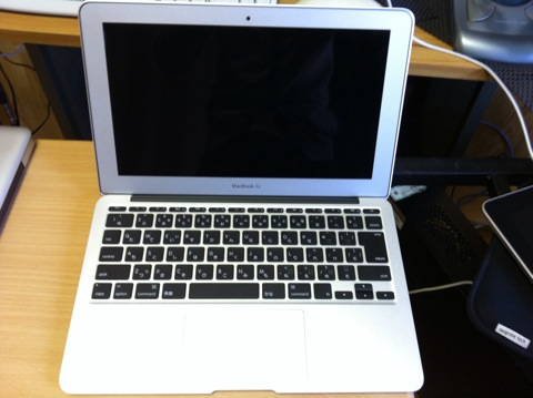 20120114macbookair09