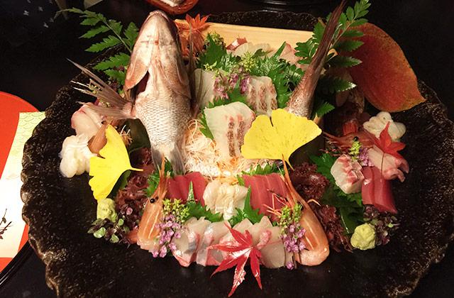 とうふ屋うかいの祝い膳 鯛の姿造り1