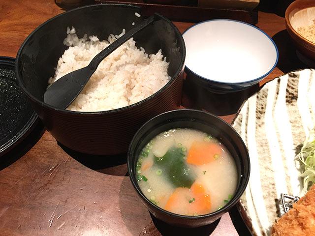 SPF豚ロースかつ膳 ご飯とみそ汁