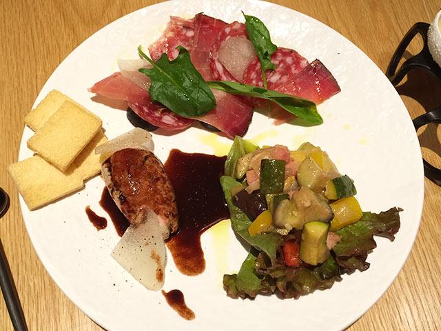 武蔵小山フェルムドレギュームのフレンチ前菜盛り合わせ