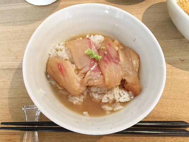 武蔵小山の角壱の鯛茶漬け完成図
