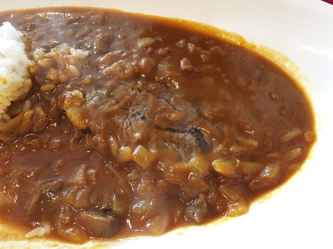 武蔵小山レトロワの黒毛和牛ほほ肉煮込みカレーをアップで