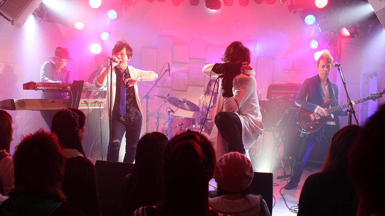 【告知】6月11日アマオトのスリーマンと6月19日クライクライネのライブがあります!