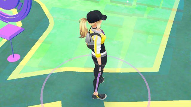 ポケモンGOのフィールド画面にて片手で簡単に拡大縮小する方法