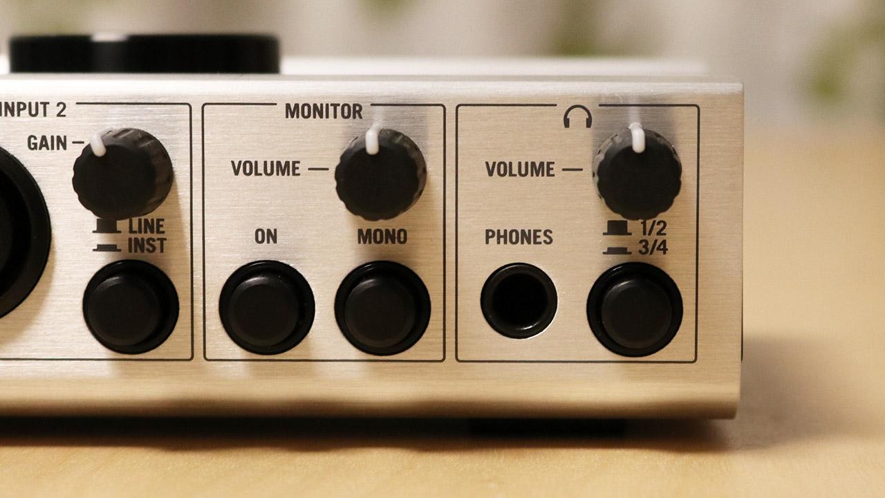 komplete-audio-6-douki-04