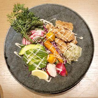 恵比寿のオーガニックレストラン「コスメキッキンアダプテーション」の料理がどれもうまかった!