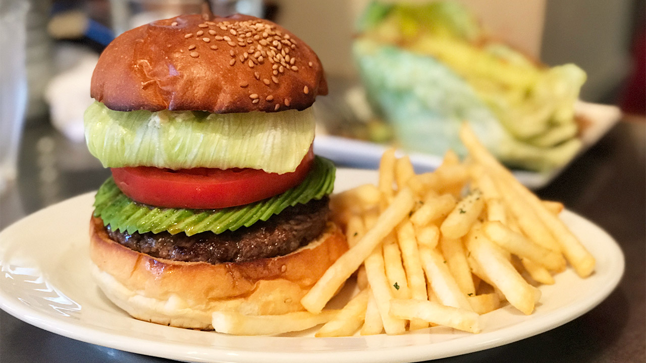 池袋「No.18」の肉感のあるハンバーガーが絶品すぎる!