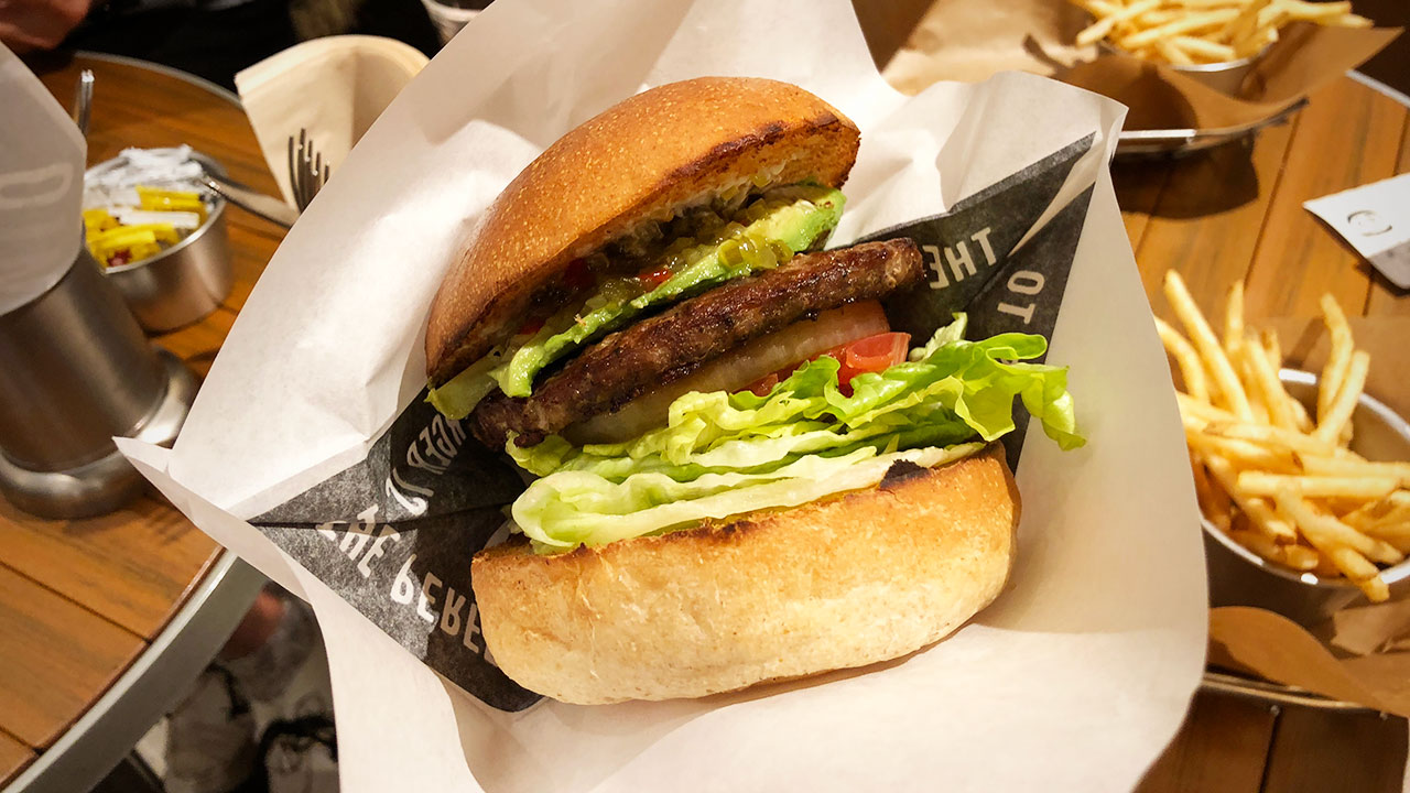 J.S. BURGERS CAFEのハンバーガーがバランス良くておいしい