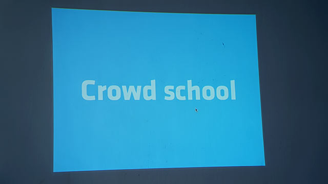 blog-crowd-school