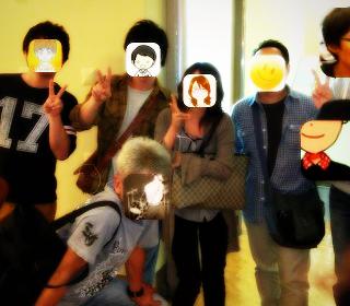 集合写真で顔出しNGの人を守るためのアプリ「モザイコン」をリリースしました