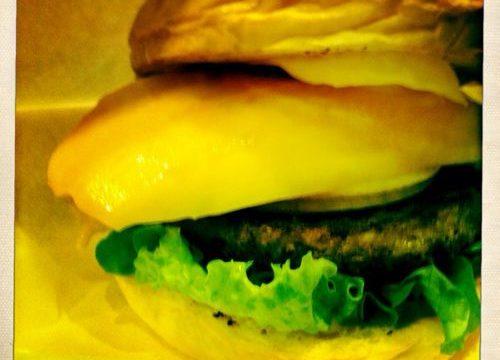残りわずか!フレッシュネスバーガーのフルーツバーガーを食べました