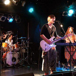 アマオト2014年最後のライブは聖誕祭@池袋ロサ!楽しんできました!