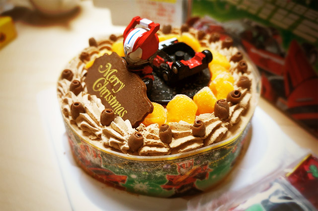 クリスマスに仮面ライダードライブのキャラデコケーキを食べました