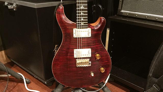 アマオト, World chordのギタリスト大谷大の使用ギター