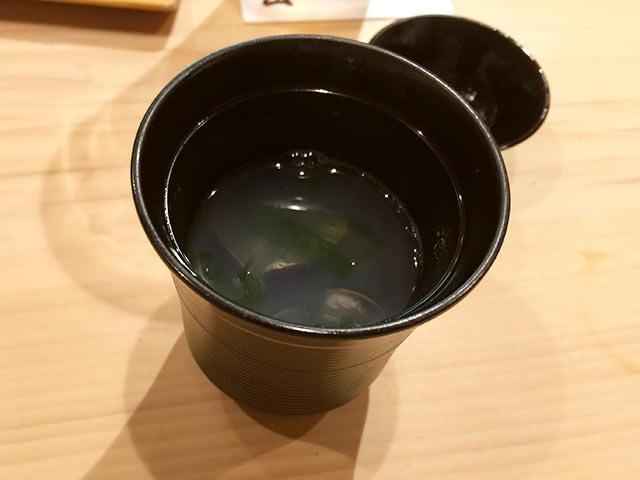 六本木の寿司屋 村瀬のしじみのおすまし