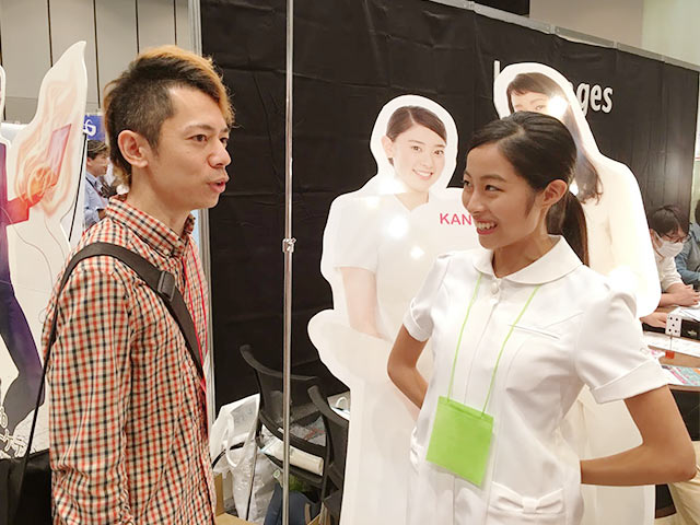 A8フェスティバル2015で広告主から直接お話を伺ってるところ
