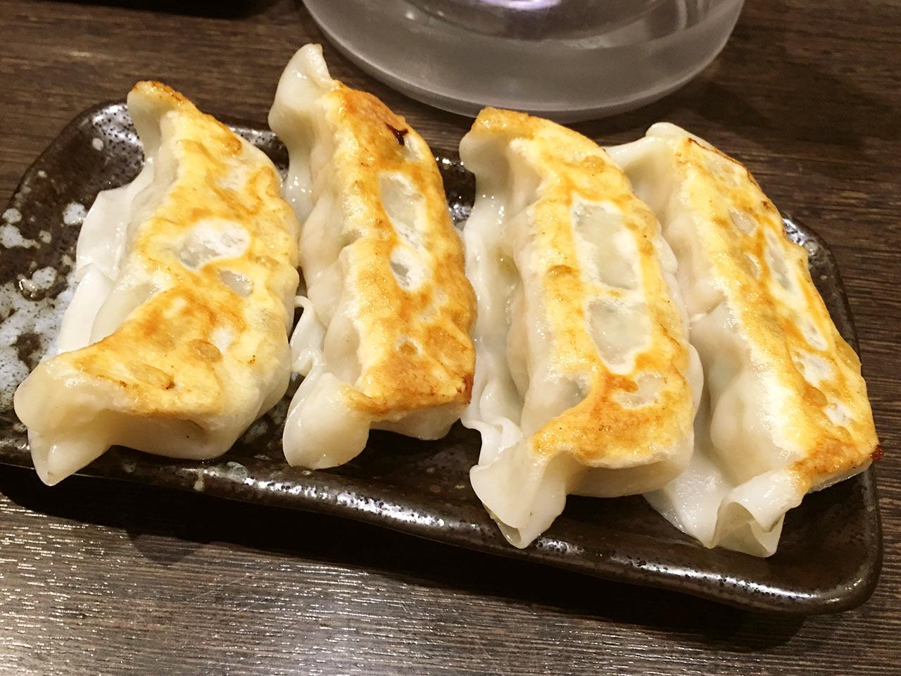 三ツ矢堂製麺の餃子