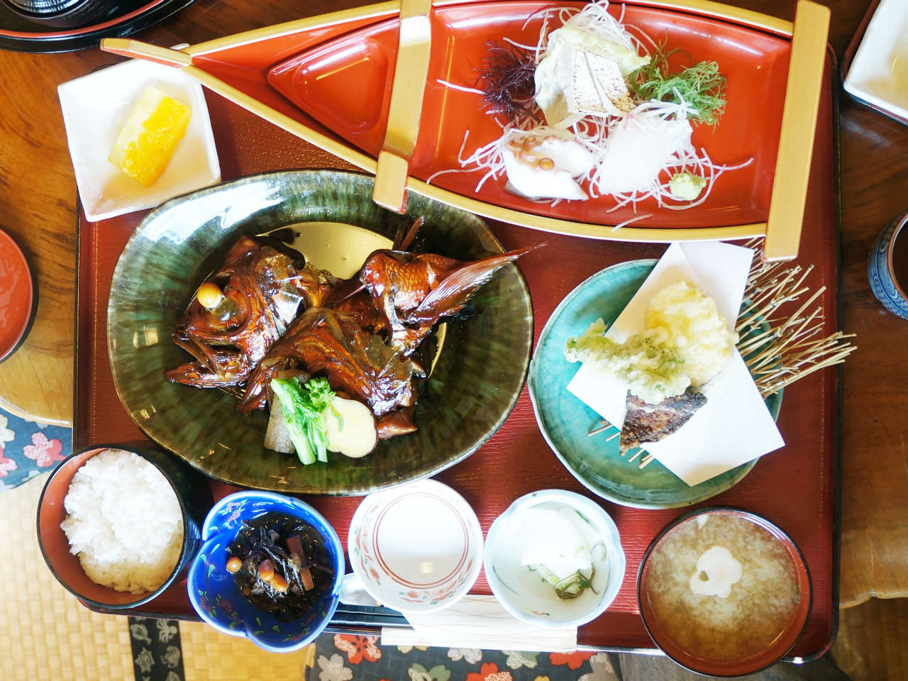 kamogawa-oragadon-uomasa6