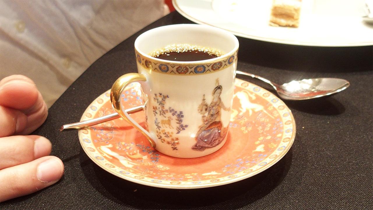ラ・ロシェル山王の鹿児島フェアの素敵なコーヒーカップ