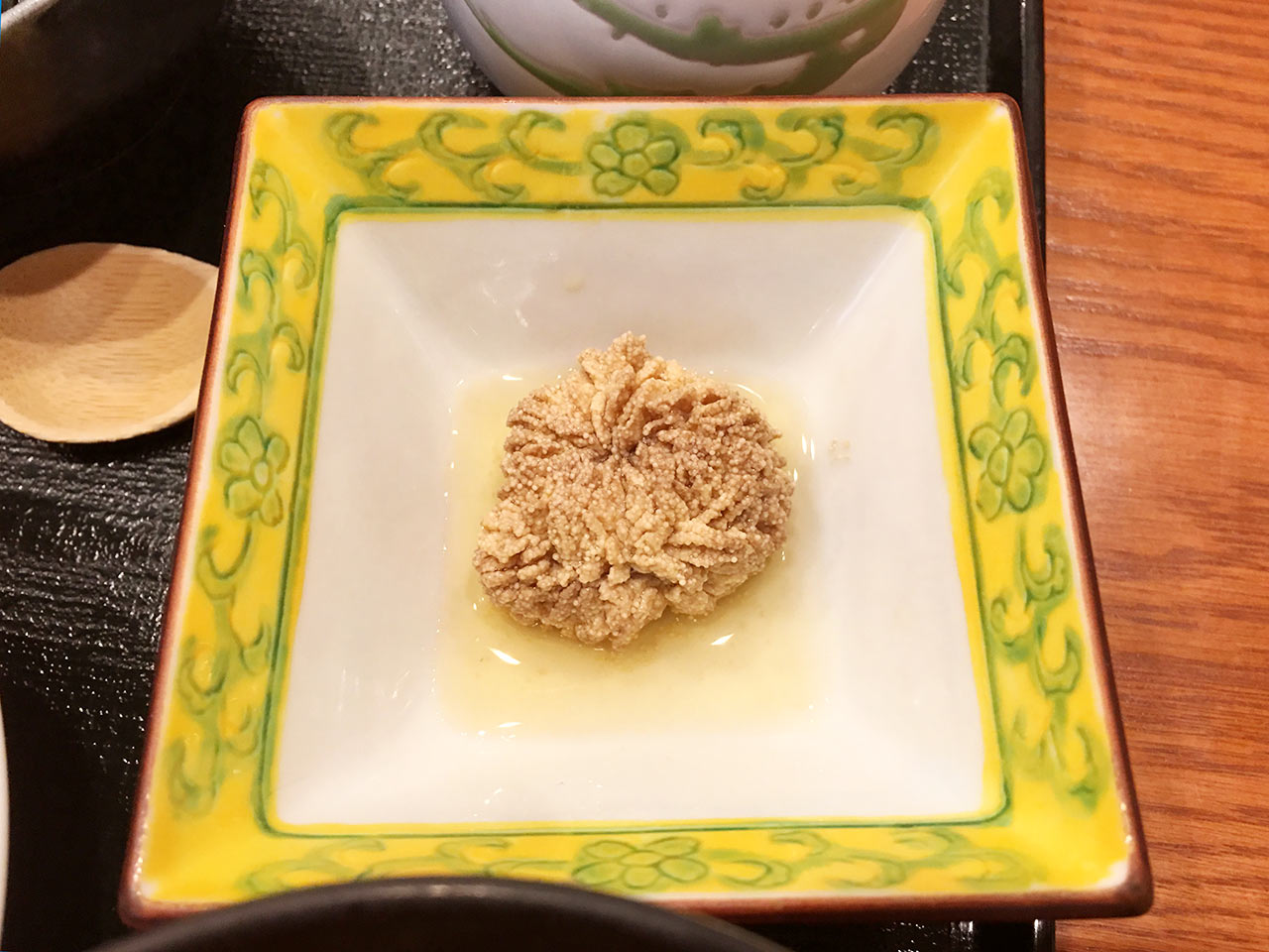 天ぷら割烹うさぎのたらこを煮たもの
