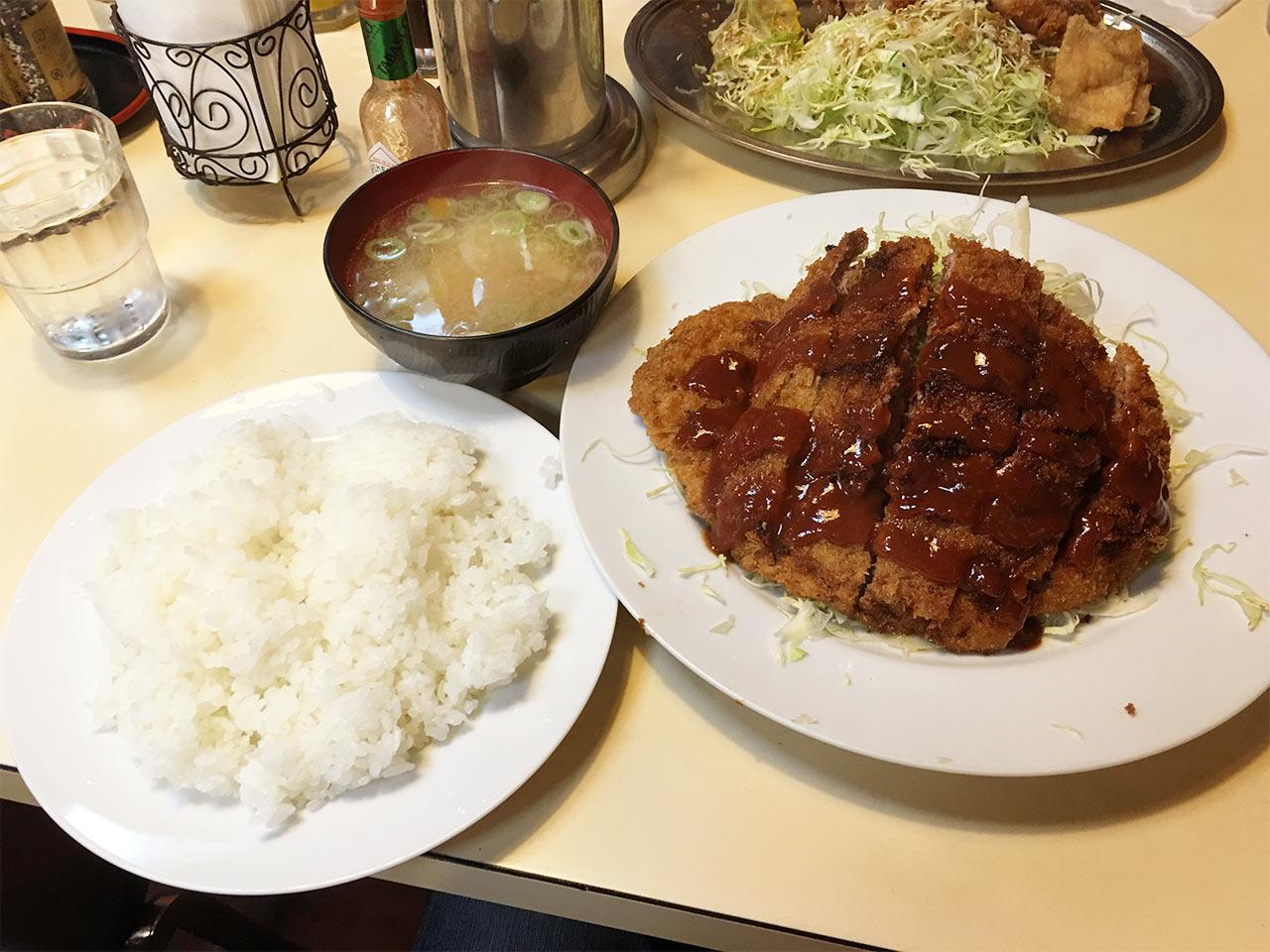 ooimachi-bulldog-menchi01