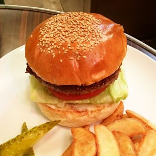 関連記事『渋谷のハンバーガー屋「レッグオンダイナー」がうますぎて通う勢い!』のサムネイル画像