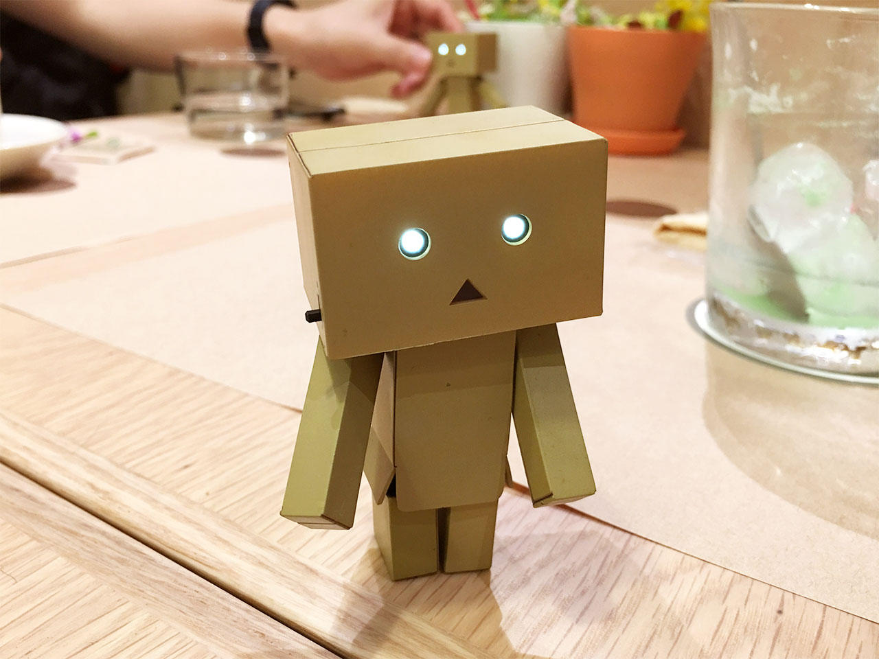 tachikawa-danboard-cafe-table03