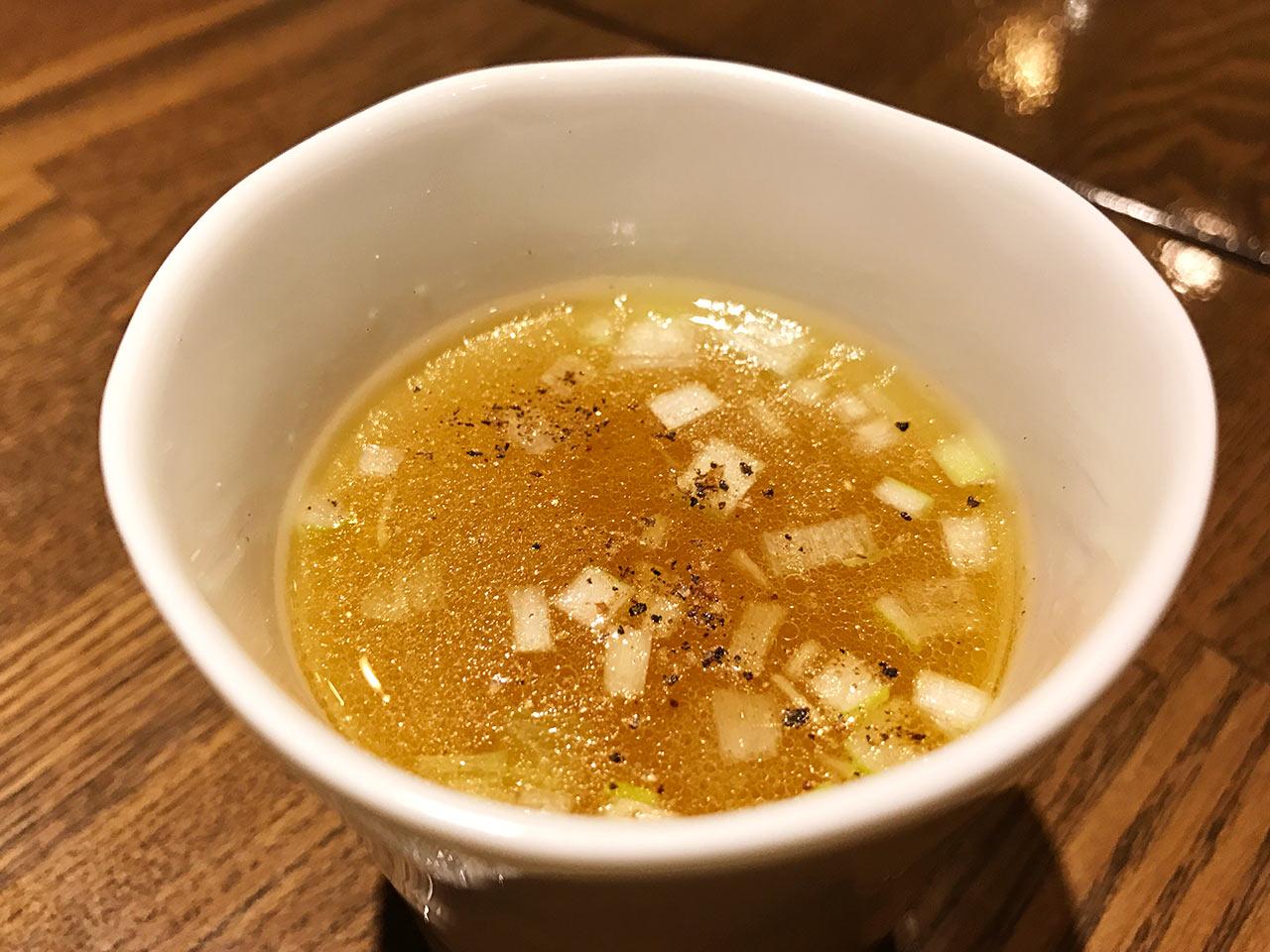 武蔵小山「Shinori(シノリ)」のスープ