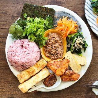 月に数日しかやってない西小山「エジプト塩食堂」のランチプレートが味も見た目も素晴らしいし体にも良さそう!
