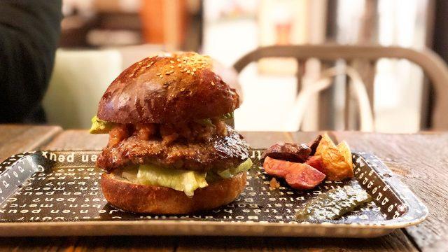 【移転】「パンパバーガー」の肉厚でボリューム満点のグルメバーガーが最高!ポテトフライもうますぎ!