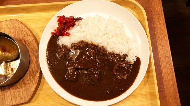 新宿のカレー屋「ガンジー」で昔ながらの欧風カレーを楽しめる!