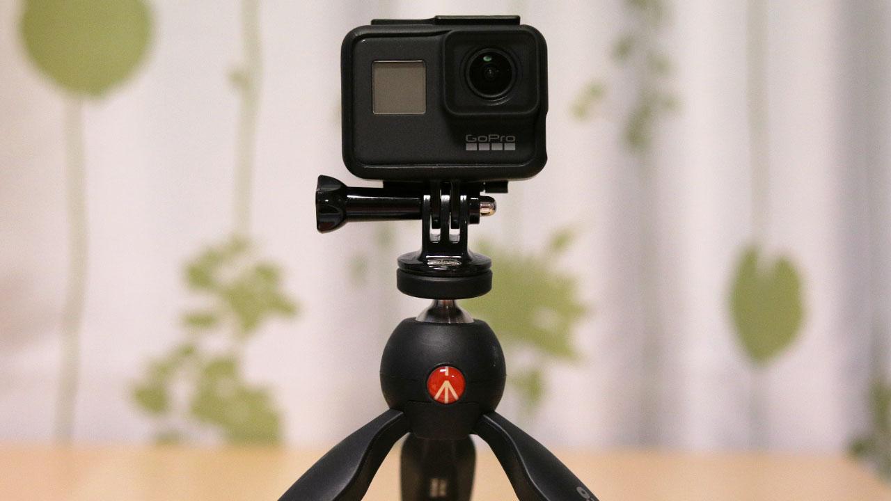 GoProを三脚に立てるための三脚座が便利!超安いから持っておいた方がいい