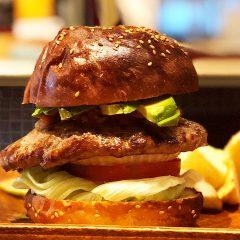 【閉店】白金高輪のパンパバーガーが最高においしい!ソースが選べてボリュームのあるハンバーガー!