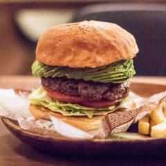 関連記事『小伝馬町「Jack37Burger」のハンバーガーは超粗挽きパティで肉を食べてる感がすごい!』のサムネイル画像