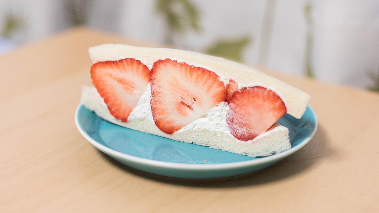 武蔵小山「bergamot」のフルーツサンドがうますぎ!あまおうとマンゴーのサンドをいただきました!