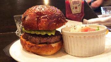 西小山「ビゴーテ」の月一しかやらないハンバーガーランチが絶品!イチボを使ったパティが最高でした!