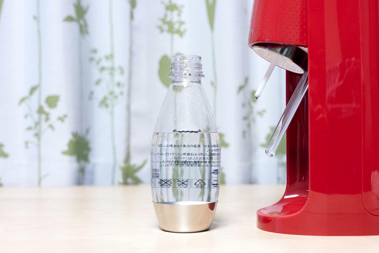 SodaStream(ソーダストリーム)のボトルに水を規定量入れたところ