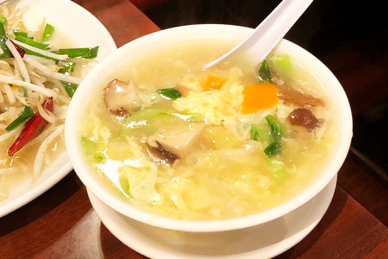 順順餃子房の野菜スープ