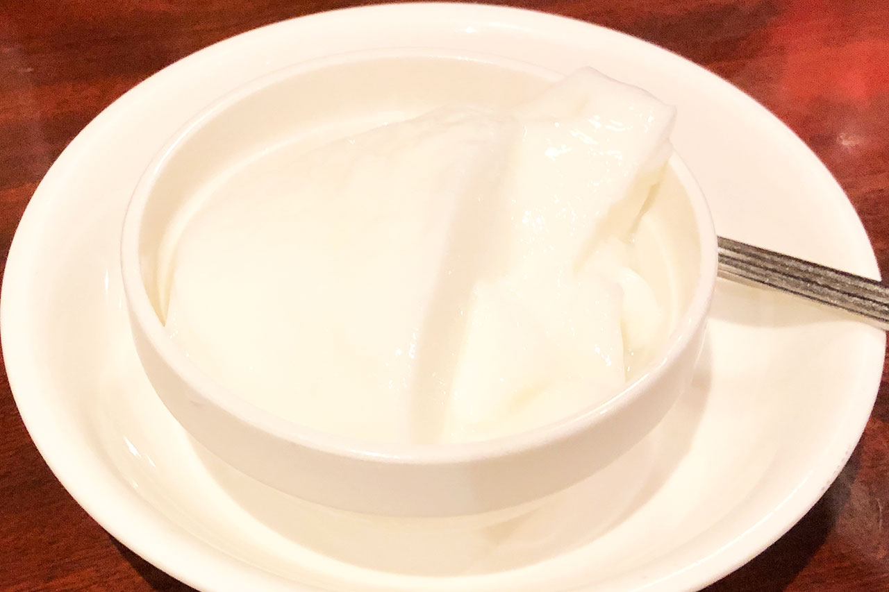 順順餃子房の杏仁豆腐