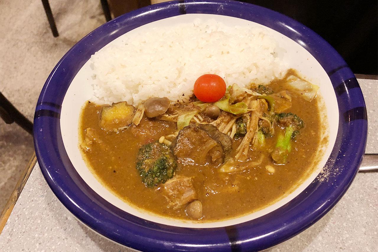 神保町「エチオピア」のビーフと野菜のミックスカレー