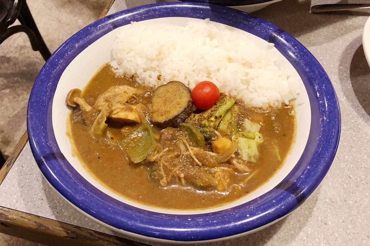 神保町「エチオピア」のチキンと野菜のミックスカレー