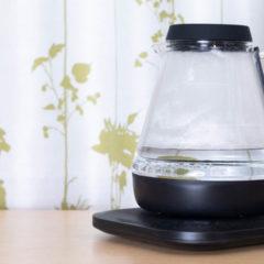 スマホやスマートスピーカーで操作可能な電子ケトル「Allocacoc WaterCooker」が温度管理できていい感じ