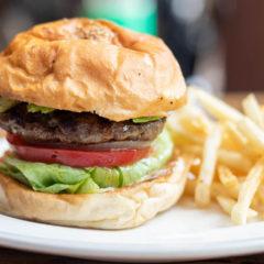 三宿のハンバーガーショップ「FUNGO(ファンゴー)」で王道のクラシックハンバーガーをいただきました!