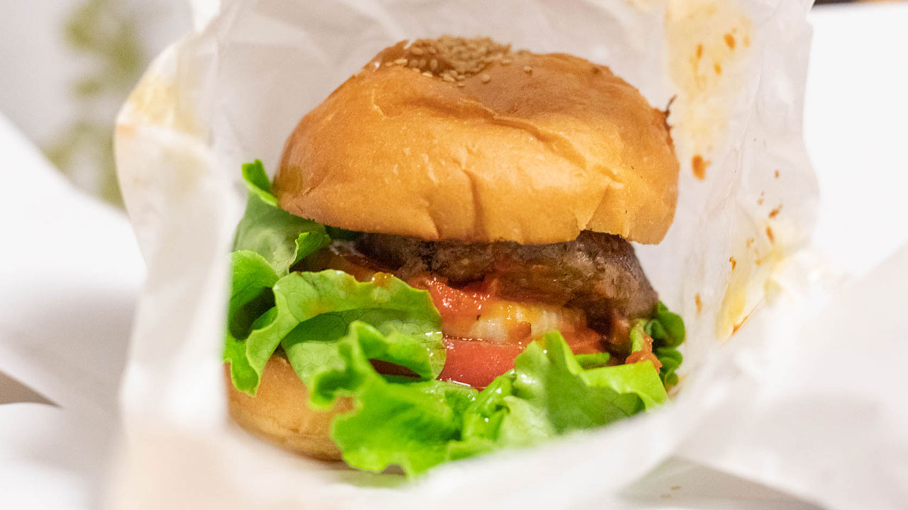 デリバリー・テイクアウト専門ハンバーガー屋「フクヨシ」の黒毛和牛とろけるバーガーがうまかった!