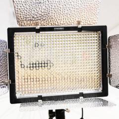 動画撮影用に使ってるLEDビデオライト「Yongnuo YN-600」がいい!光量が十分だしバッテリーで動くので外でも使える!