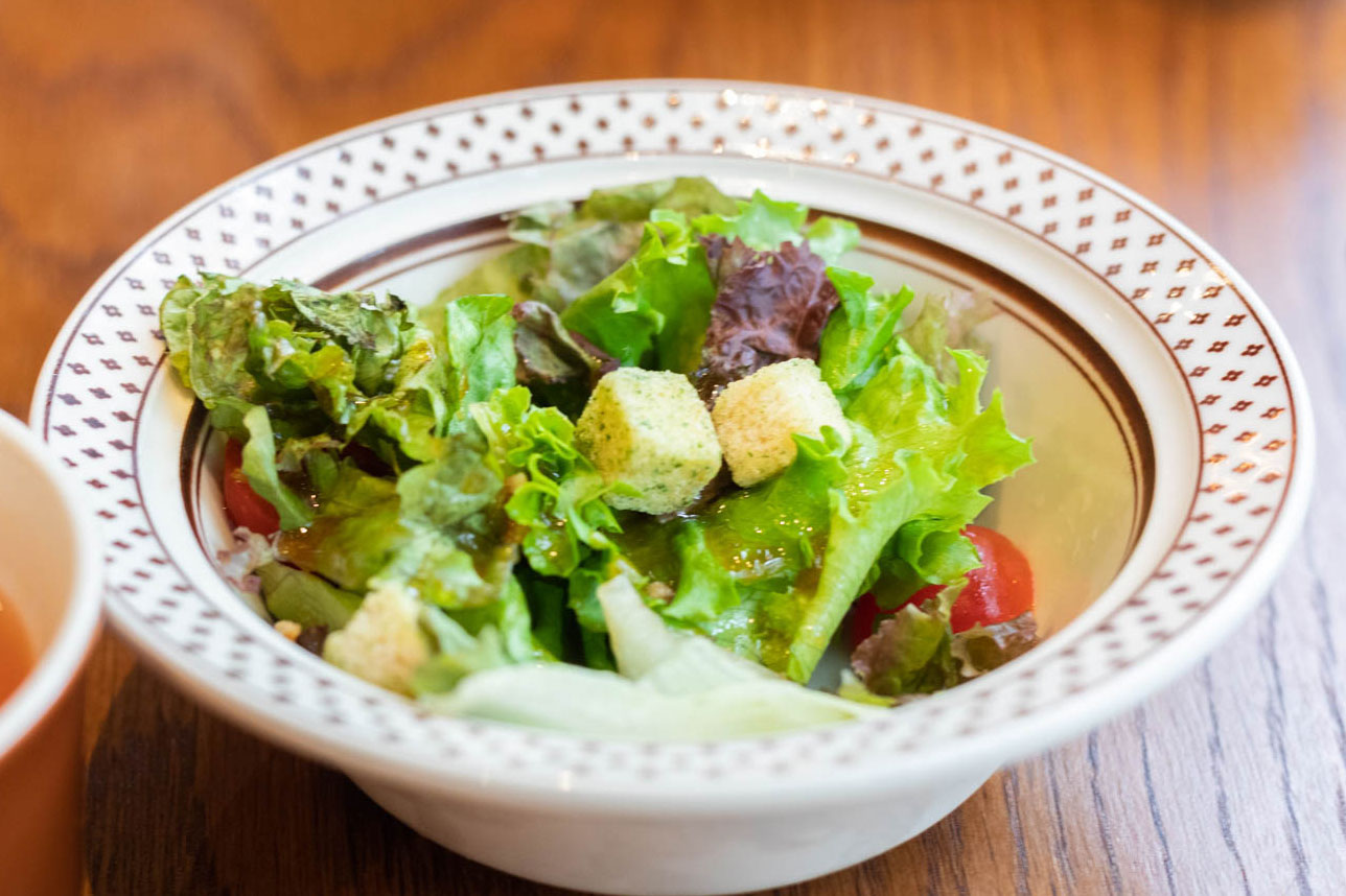 GOKU BURGERのランチセットのサラダ