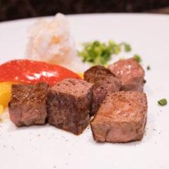 西小山「鉄板焼 若」でステーキランチ!豪華なコースをお値打ち価格でいただけます!