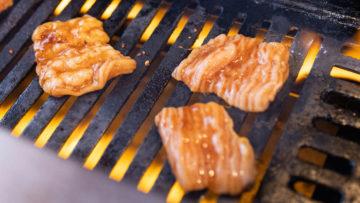 武蔵小山民に愛された「みやこや」を継承しつつ進化した焼肉屋「ホルモン焼肉ばぶ」がうまい!