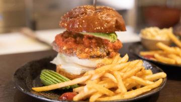 白金のpampa burgerが渋谷に移転した「Kan's Kitchen」がさらに移転すると聞いてハンバーガー食べてきました!