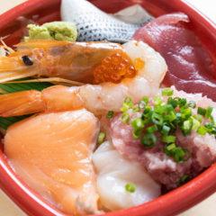 武蔵小山「いただき丼丸」の海鮮丼が安くて種類も豊富!ランチテイクアウトの選択肢の一つに!